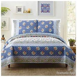 NWT Jessica Simpson Twin Quilt